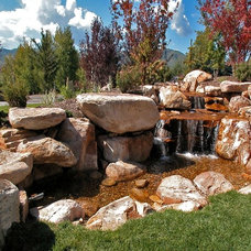 Traditional Landscape by CD Construction, Inc.
