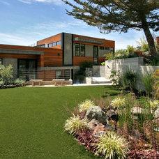 Contemporary Landscape by Home & Garden Construction Group