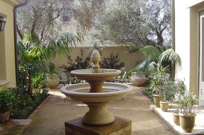 Mediterranean Landscape by Robert E. Taft Landscape Architecture