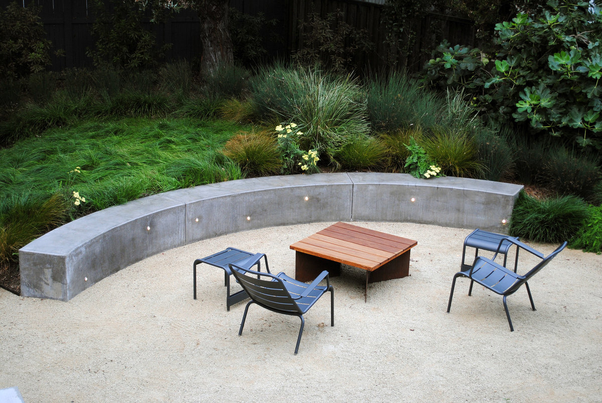 Temescal Family Garden -  Seating and Garden