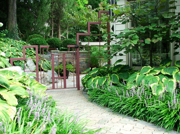 Eclectic Landscape by Fullmer's Landscaping, Inc