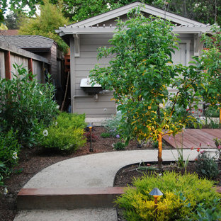 Inspiration for a large craftsman full sun backyard driveway in San Francisco.