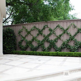 This is an example of a transitional stone landscaping in Dallas.