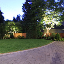 Contemporary Landscape by The Great Canadian Landscaping Company Ltd.