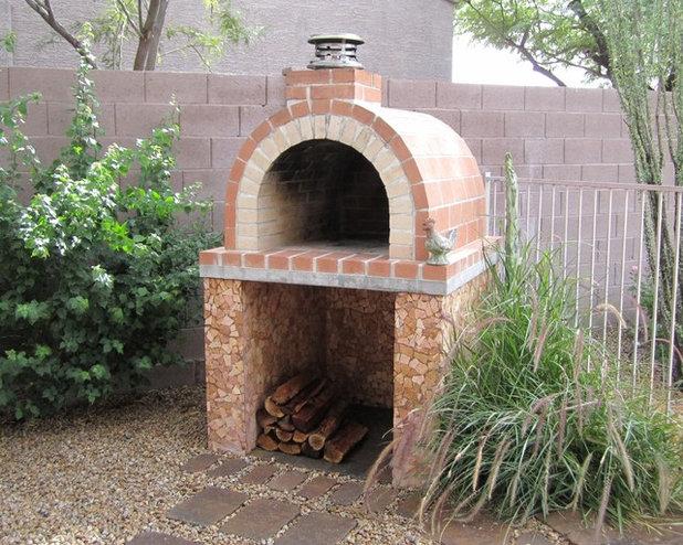 トラディショナル 庭 by BrickWood Ovens