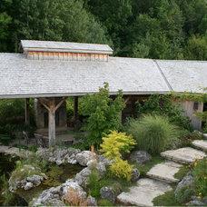 Traditional Landscape by Brydges Landscape Architecture