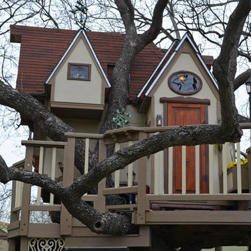 The Most Incredible Kids' Tree House You'll Ever See?