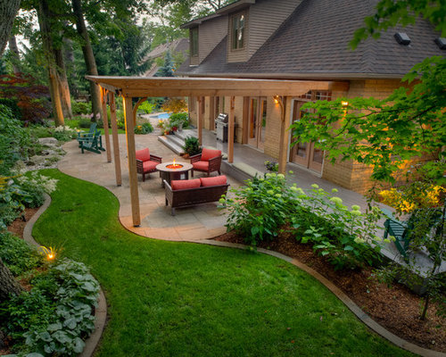 Photo Of A Traditional Landscape In Toronto With A Fire Feature.