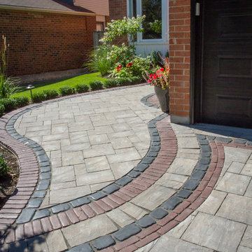 Thornhill front landscaping