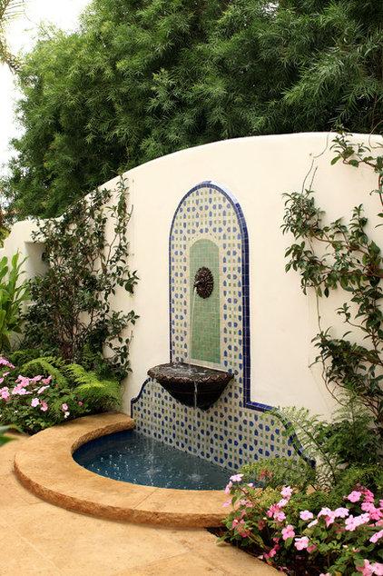 Mediterranean Landscape by Evens Architects