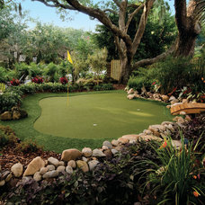 Tropical Landscape by Tour Links Putting Greens