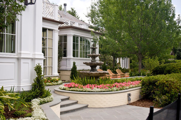 Traditional Landscape by J Wilson Fuqua & Assoc. Architects