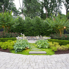 Traditional Landscape by D & A Dunlevy Landscapers, Inc.