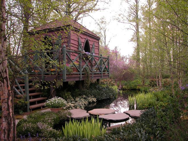Rustic Landscape by Cross River Design, Inc.