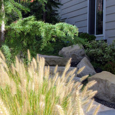 Traditional Landscape by Chuck B. Edwards - Breckon Land Design