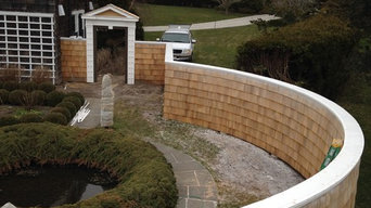 upper parterre garden wall and entry