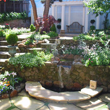 Traditional Landscape by Kate Michels Landscape Design