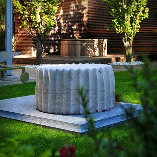 Ispirazione per un giardino minimal dietro casa