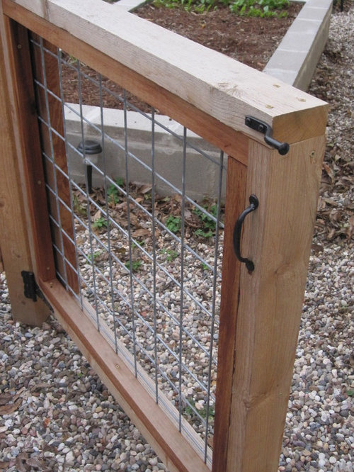 Hog wire gate houzz