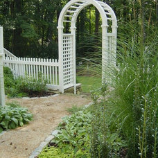 Traditional Landscape by Heather Moll-Dunn Landscape and Garden Design