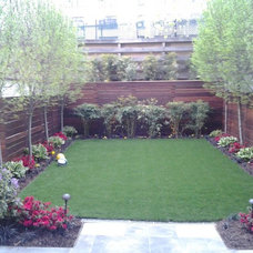 Contemporary Landscape by New York Plantings Garden Design