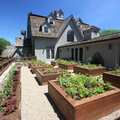 Design ideas for a traditional vegetable garden landscape in Bridgeport.
