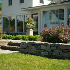 Traditional Landscape by Church Hill Landscapes, Inc.