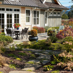 traditional landscape by Dan Nelson, Designs Northwest Architects