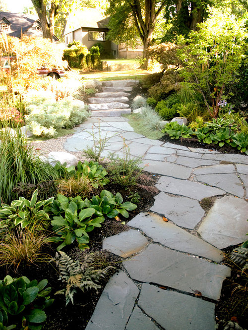 Flagstone walkway houzz for Landscaping rocks vancouver wa