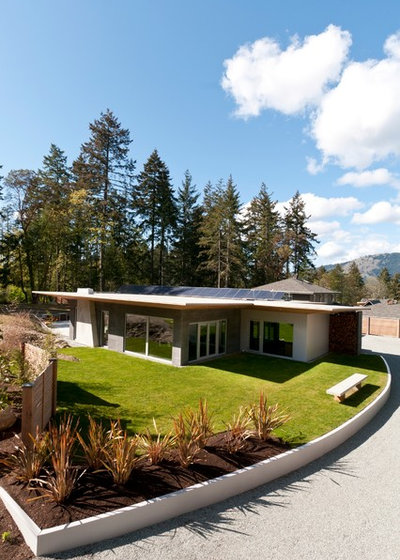 Contemporary Landscape by NZ Builders Ltd