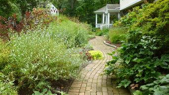 Walkthrough garden     Wayne/Radnor landscape design