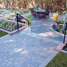 Traditional Landscape by Basalite Concrete Products