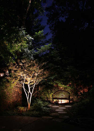 Asiatique Jardin by Viewpoint Lighting