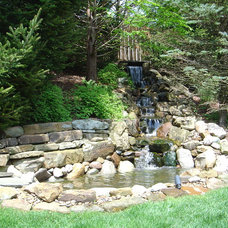 Eclectic Landscape by Designscape Horticultural Services
