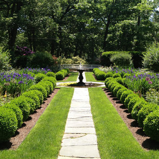 This is an example of a traditional backyard stone landscaping in Bridgeport.