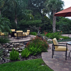Tropical Landscape by Schatz Landscape Design