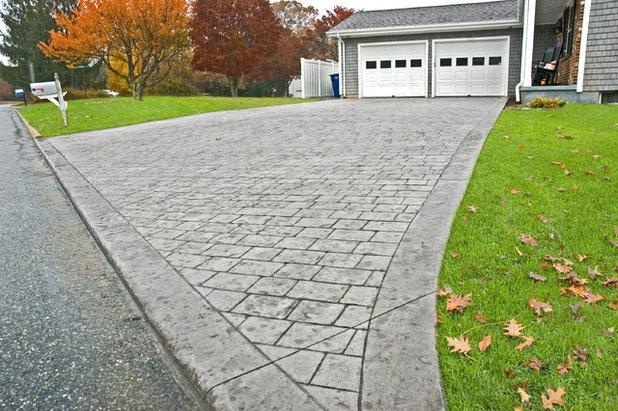Garden by Signature Stamped Concrete, LLC