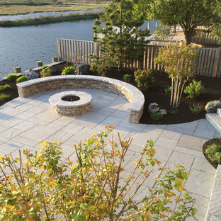 Inspiration for a coastal landscaping in New York.