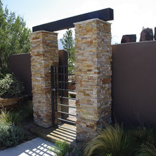 Contemporary Landscape by M & Associates