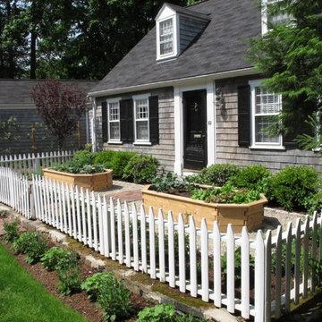 Wellesley Cottage Garden