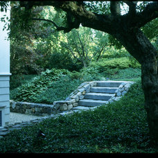 Traditional Landscape by Roger Washburn Landscape Architecture