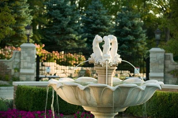 Классический Сад by DesRosiers Architects