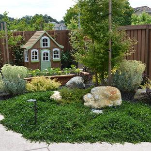 Jardin romantique avec des pavés en béton : Photos et idées déco de ...