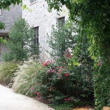 Rustic Landscape by Botanical Concerns LLC