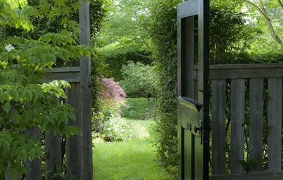 Frame a Garden View for Intrigue and Abundance