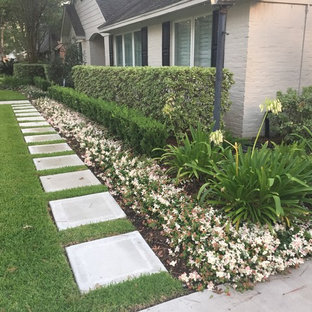 Minimalist Front Yard Landscaping Ideas