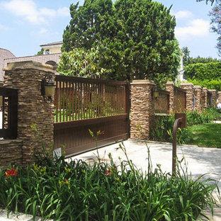 Immagine di un giardino stile americano
