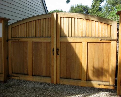 Wooden driveway gates houzz for Double garden gate designs