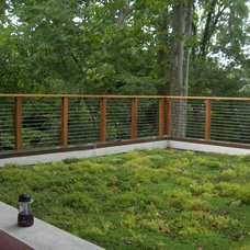Modern Landscape by Watershed Architects