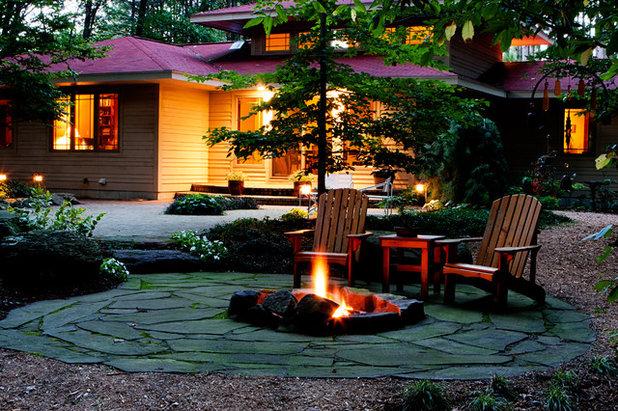 Craftsman Landscape by Blue Ridge, Inc.
